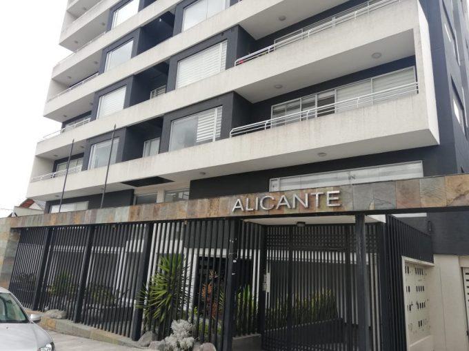 ARRIENDO AL NORTE DE QUITO SECTOR PONCEANO ALTO DEPARTAMENTO DE 2 DORMITORIOS